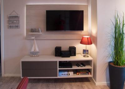 Wohnzimmer Smart-TV, Radio m. CD, Blue-Ray